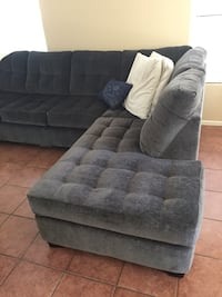 Gray Sectional  Henderson, 89002