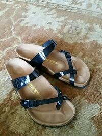 pair of black-and-brown leather sandals Alexandria, 22304