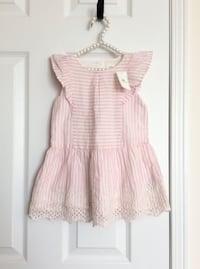 Gap pink and white eyelet dress size 2T- Brand New with tags Mississauga, L5M 0C5