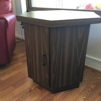 Octagon end table Southgate, 48195