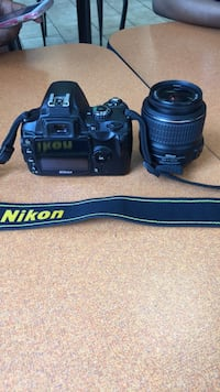 Black Nikon D40 charger included Greenbelt, 20770