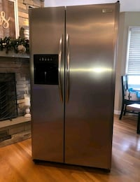 Frigidaire electrolux stainless steel side by side