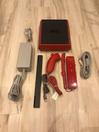 MINT Nintendo Wii Console FREE DELIVERY Toronto, M3J 1W6