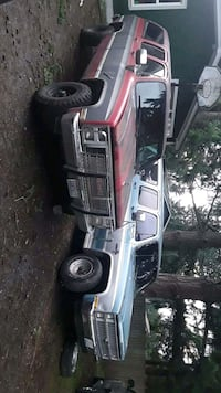 Chevrolet - Suburban - 1985 Bonney Lake, 98391