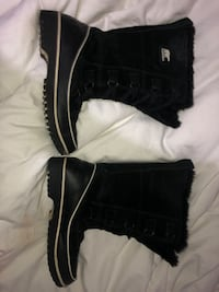 SOREL HIGH BOOTS SIZE 8.5 WOMEN Toronto, M9P 2C1