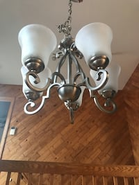 white and gray uplight chandelier 蒙特利尔, H8N 2A6