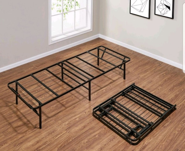 Queen Sized Collapsable Bedframe 8d2704ae-3760-4228-a828-ef6968196efa