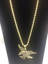 Stainless steel gold plated chain and pendant  Las Vegas, 89102