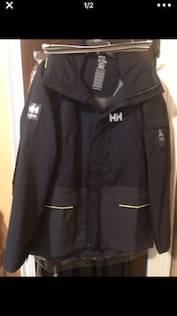 HELLY HANSEN BRAND NEW 42 km