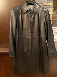 3/4 genuine leather ladies coat - size S Toronto, M6L 3E7