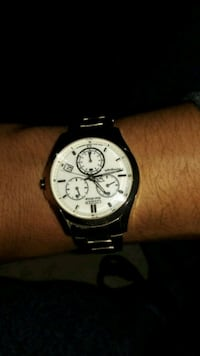 round silver-colored chronograph watch with link bracelet Los Angeles, 90044