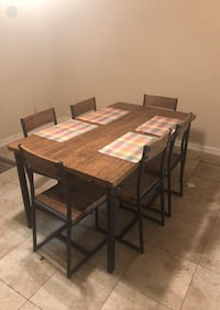 Six seater table. Mint condition lightly used. Like rarely.  Metairie, 70001