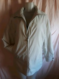 Cream colored winter jacket in excellent condition size small Lancaster, 93535
