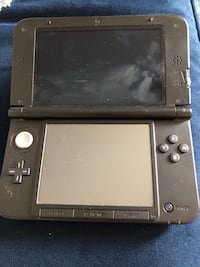 Blue and black nintendo 3ds xl Vancouver, V6A 2S9