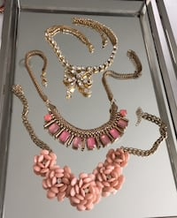 3 Fashion necklaces. Costume jewelry. Betsey Johnson, Expression