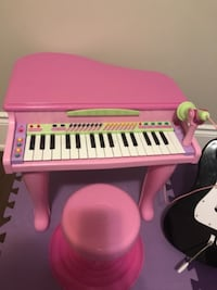 Toy Piano Bolton