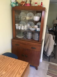 China cabinet now empty and table both for $150.00 Manassas, 20110