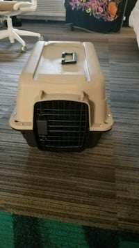 white and black pet carrier Richmond Hill, 31324