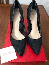 Guess black high heels. in very good condition New Westminster, V3M