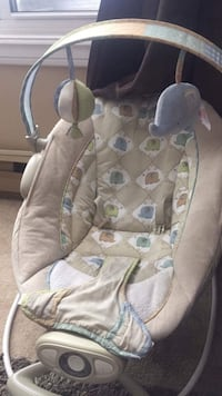 Baby Bouncer Seat Great Condition !
