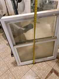 2 Double hung vinyl, double glass remodeling windows Vienna, 22182