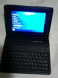 black tablet computer with keyboard Montréal, H2E 2P9