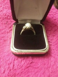 Sterling silver and pearl ring Brooksville, 34601