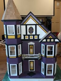 Custom Victorian dollhouse includes everything you see LaGrangeville, 12540