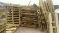 Fire wood pallets. Canutillo, 79835