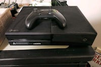 black Xbox One console with controller Clifton, 20124