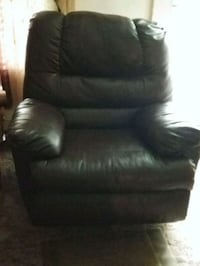 black leather tufted sofa chair Raleigh, 27616