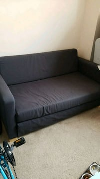 Sleeper loveseat/futon Arlington, 22204