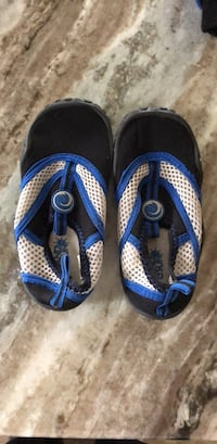 Kids size 10 water shoes