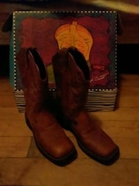 pair of brown leather cowboy boots New Market, 37820