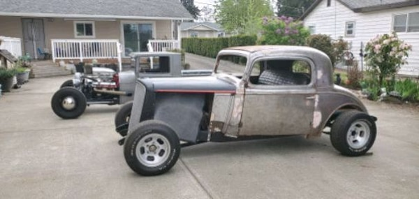 1935 chevy 3 window Coupe roller project
