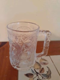 Robin collectable glass