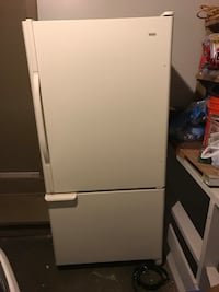 Kenmore refrigerator with bottom freezer model number 75234
