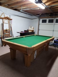 Pool table, pool stick, and other accessories  Kingsport, 37664
