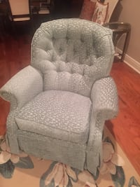 Aqua colored accent chairs $125 each Baton Rouge, 70809