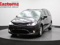 2017 Chrysler Pacifica Touring-L 55 mi