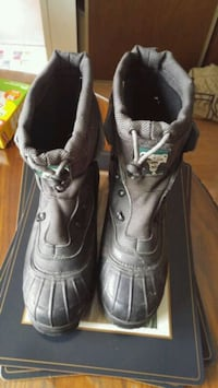 Mens Kodiak winter boots Calgary, T2B 2V4