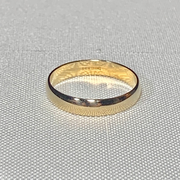 Men's 14k Yellow Gold Wedding Band Ring 1866d391-5d7b-4b40-b86f-8f5fe3687a3c