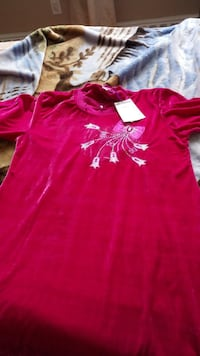 red and pink floral embroidered crew-neck top Hamilton, L9C 1X9