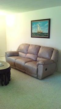 Really great! Leather sofa and love seat. Negotiable. Upper Marlboro, 20772