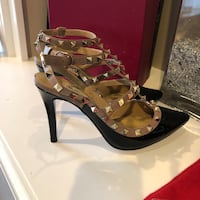 Fashion heels size 8 Arlington Heights