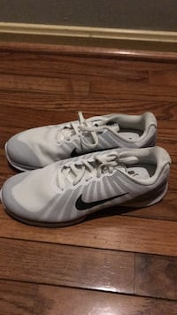 pair of gray Nike running shoes Montgomery Village, 20886