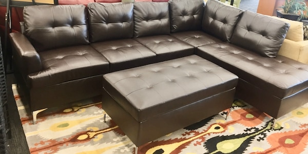 Terrific Brand New Brown Leather Sectional W Ottoman Squirreltailoven Fun Painted Chair Ideas Images Squirreltailovenorg