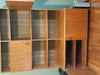 Teak cabinet and hutch . North Augusta, K0G 1R0