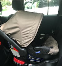 Britax B-angle infant car seat and base (additional base not pictured )  Baltimore, 21229