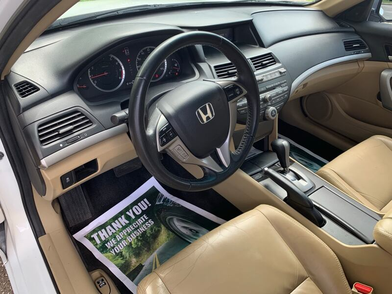 Only 100k miles even, MD state inspected 2011 Honda Accord Coupe EXL fully loaded $8500 obo  f491c68f-5d63-4179-b76a-643316e81dd0